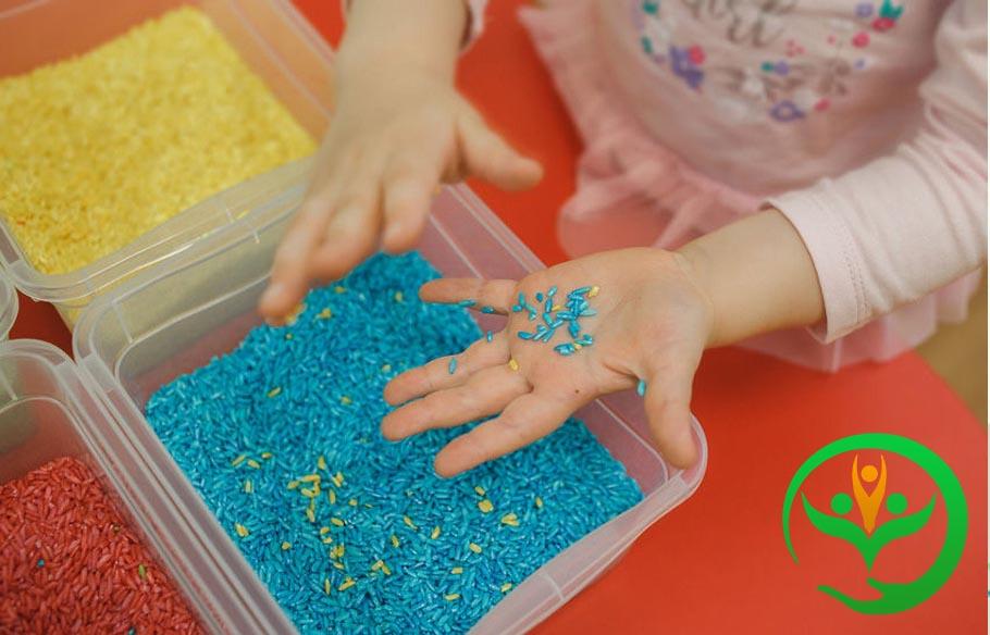 کاردرمانی حسی کودکان اوتیسمی با نیازهای ویژه